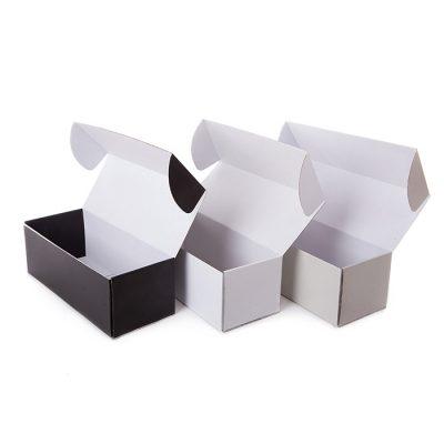 Кутии с прикачен капак